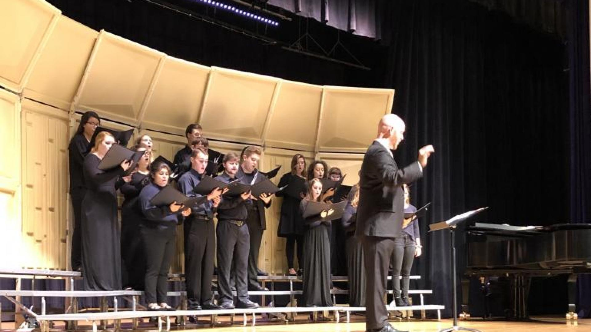 Chorale Performing on October 11
