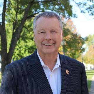 Mike Calhoun, Senior Major Gift Officer